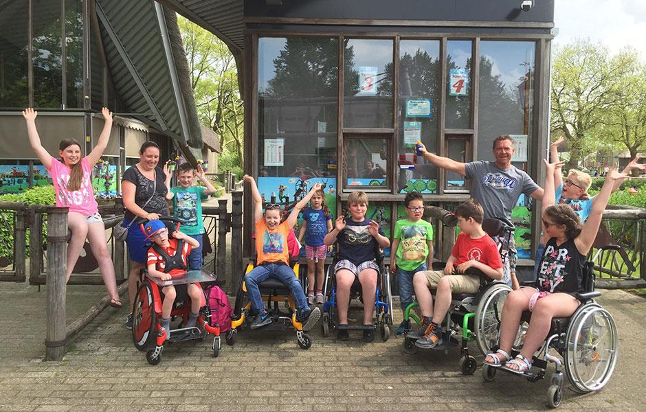 Opaclub Oestgeestergolfclub doneert uitje Plaswijck